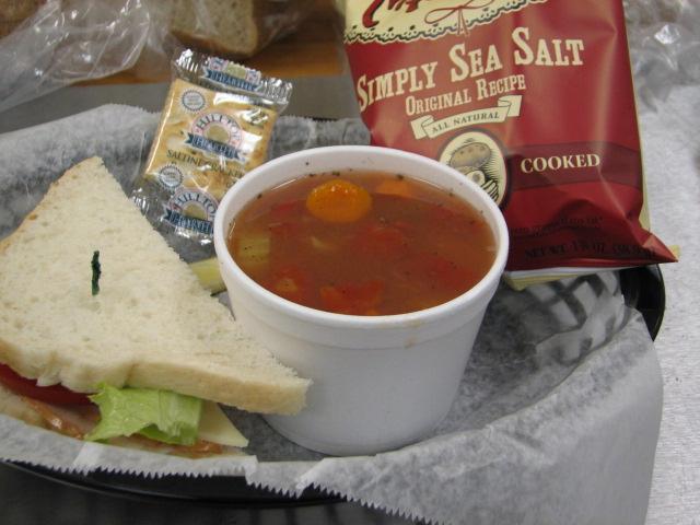 soup-sandwich-breadbox-bakery